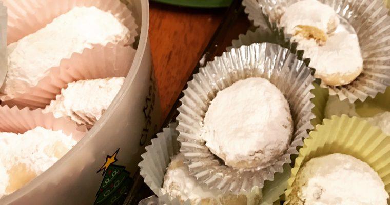 Greek Christmas Cookies – Kourambiedes – Recipe